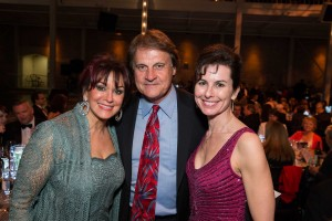 Elaine and Tony LaRussa with Artistic and Executive Director Celia Fushille Photo: Drew Altizer Phtography